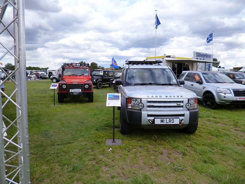 review of the 2013 land rover owner lro show. Black Bedroom Furniture Sets. Home Design Ideas